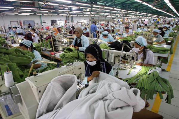 TARIF LISTRIK NAIK: PHK Massal Ancam Industri TPT
