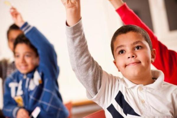 Mengenalkan Bahasa Asing Kepada Anak