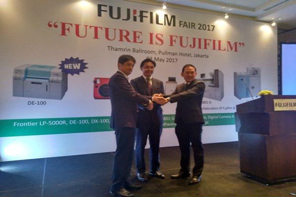 Pasar Mesin Cetak Digital: Fujifilm & Noritsu Berkolaborasi