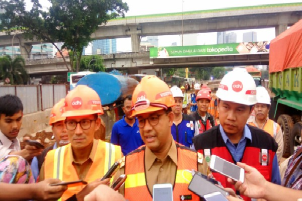 JEMBATAN LAYANG & UNDERPASS  JAKARTA : 6 Proyek Terancam Molor
