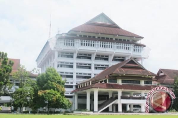 PENGUATAN SUMBER DEVISA : Saatnya Daerah Genjot Sektor Riil & Ekspor
