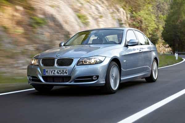 ONLINE TECHNICAL UPDATES : BMW Perbaiki Mobil Usia Lebih 10 Tahun