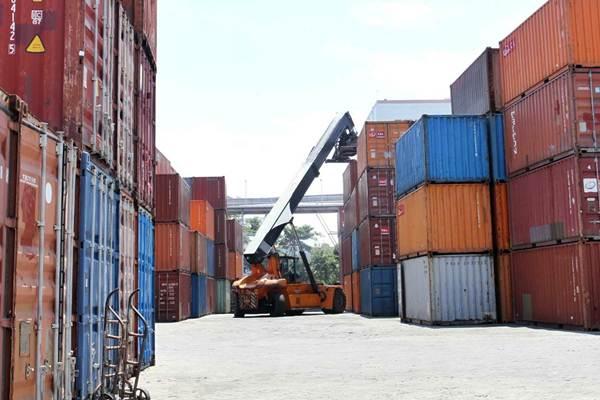 KELAIKAN OPERASI PETI KEMAS  : Uji Petik Menyasar 4 Pelabuhan Utama