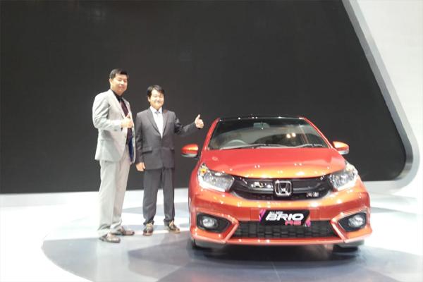 INDUSTRI OTOMOTIF : Isuzu & Honda Bidik Ekspor