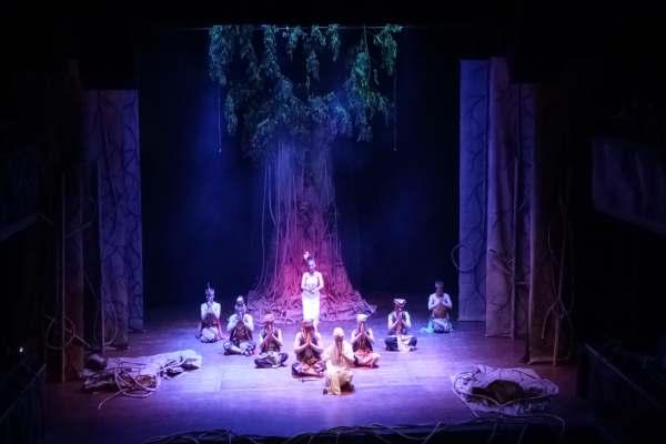 CALON  ARANG : Pentas Penyiar di Panggung Teater