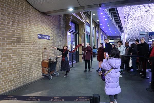 Menelusuri Jejak Harry Potter di London