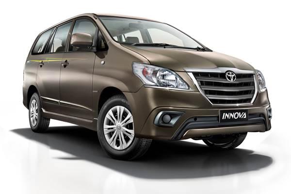 SEGMEN MPV MEDIUM : Toyota Innova Tak Terbendung