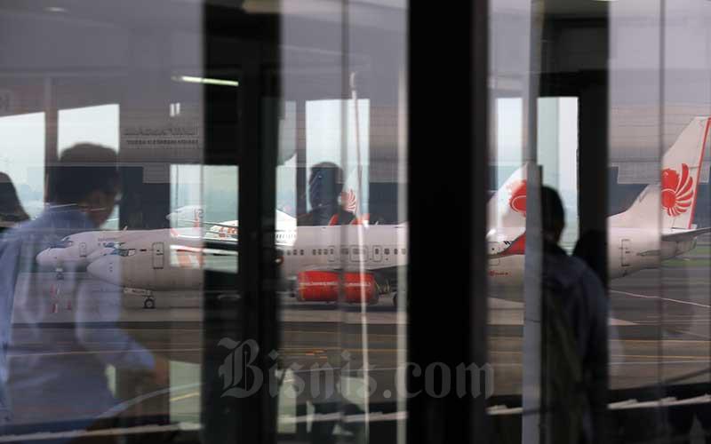 BADAI VIRUS CORONA : Bisnis Aviasi Menuju Titik Nadir