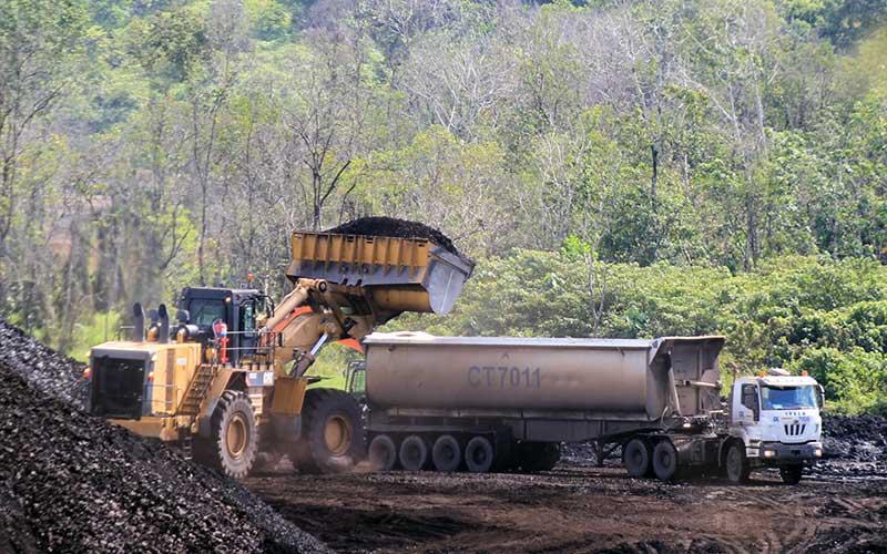 TEKANAN PANDEMI COVID-19   : Batu Bara Makin Terpuruk