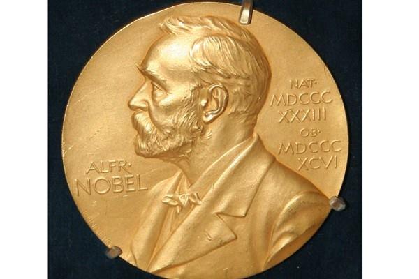 NOBEL EKONOMI : Medali untuk Duo Desainer Lelang Modern