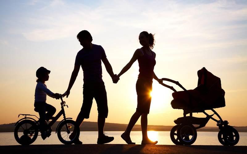 PARENTING : Mendukung Cita-Cita Si Buah Hati
