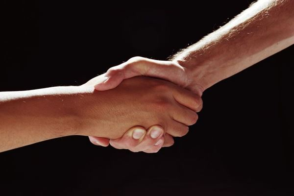 PAKTA DAGANG PRIORITAS 2021 : Mau Kawan Baru atau Sahabat Lama?