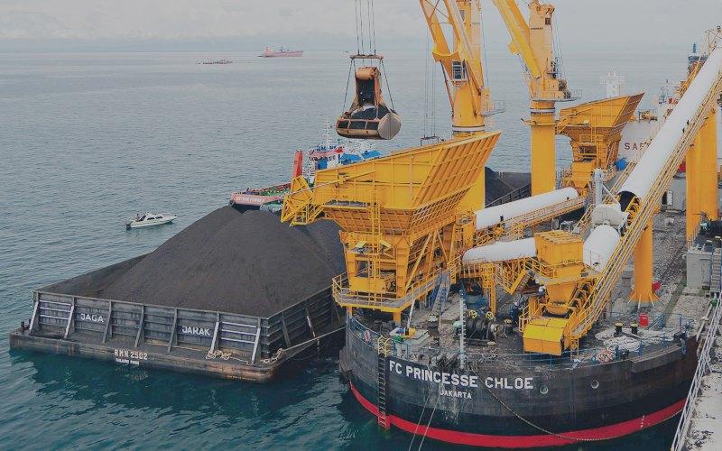 STRATEGI KORPORASI    : Emiten Pelayaran Jaring Peluang