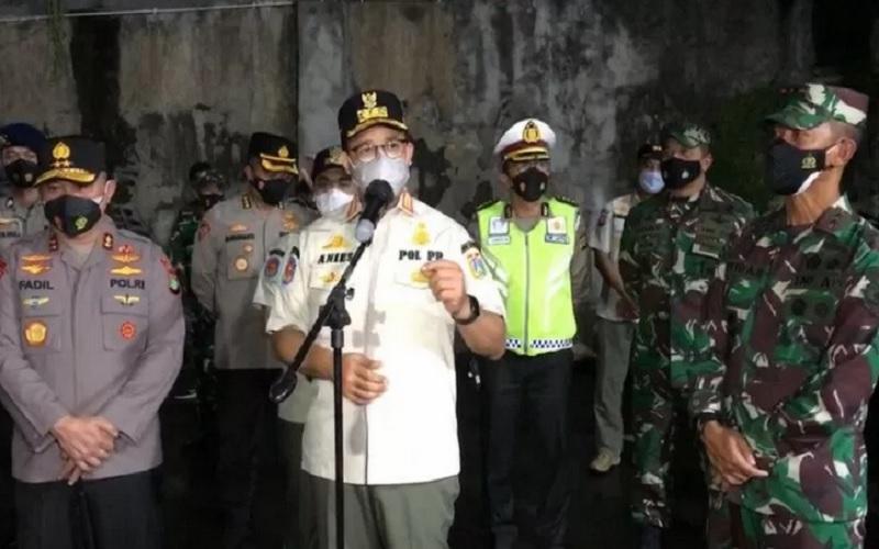PENCEGAHAN PENULARAN CORONA : Anies Tutup 12 Usaha Wisata