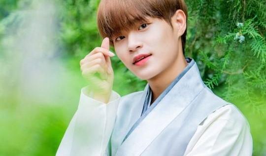 Lee Dae Hwi (AB6IX)