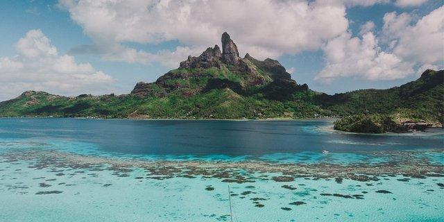 travel Polinesia Prancis