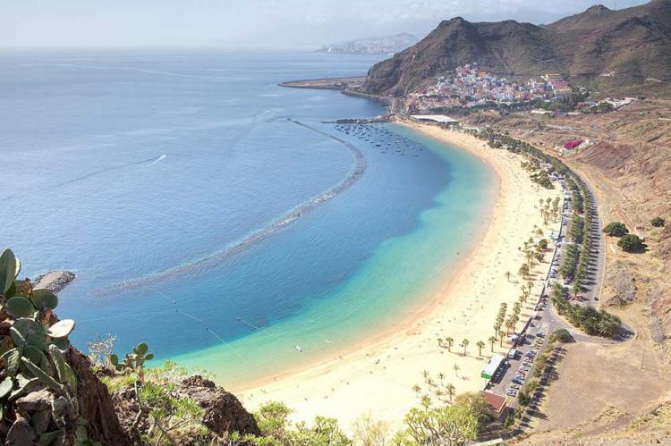 pulau canary destinasi wisata