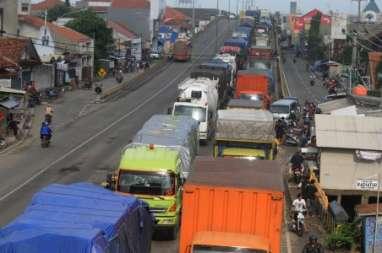 Dampak Putusnya Jalur Pantura, Pendapatan Jasa Logistik Amblas 50%