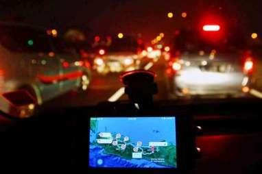 Rest Area KM 52 Tol Cikampek-Jakarta Ditutup, Kendaraan Penuhi Badan Jalan