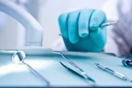 Banyak Dokter Mogok Lakukan Operasi Berisiko. Ini Masalahnya