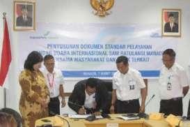 Bandara Sam Ratulangi Tanda Tangani Maklumat Pelayanan