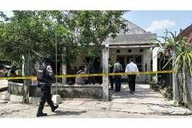 Densus 88 Tangkap Tukang Pulung Terkait Kasus Bom Molotov Solo 2016
