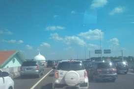 JELAJAH JAWA BALI 2018: Tol Surabaya Mojokerto Macet