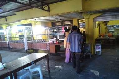 Aktivitas Warung Ayam Bakar Bu Tuti Setelah Penangkapan Ismail