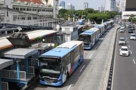 Transjakarta Nilai Realistis Target 750.000 Penumpang per Hari