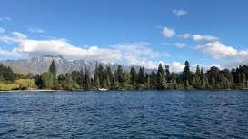 Menikmati Indahnya Danau dan Gunung di Queenstown Selandia Baru