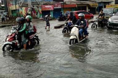 Wali Kota Makassar Instruksikan Waspadai Gelombang Pasang