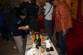 Minum Pil Holi saat Karaoke, Perempuan Sragen Diciduk Polisi. Sempat Buang Barang Bukti