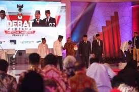Rangkuman Debat Capres 17 Januari 2019: Dari Sindiran Prabowo Soal Aparat, Serangan Balik Jokowi, Hingga Gengsi Tunjukkan Apresiasi