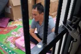 Foto-foto Diduga Andi Arief & TKP Penangkapan Kasus Narkotika Viral di Grup Obrolan