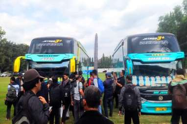 10 Jam Ditahan, Massa Aksi 22 Mei Dipulangkan ke Surabaya