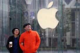 Perang Dagang, Tim Cook Barharap China Tak Membidik Apple
