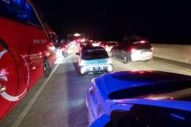 JELAJAH LEBARAN JAWA BALI 2019 : Macet di Tol Semarang-Solo, Ini Kata Netizen