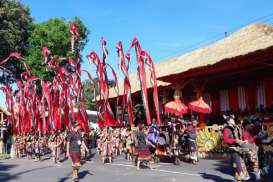 Presiden Jokowi Lepas Pawai Pesta Kesenian Bali