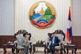 Menteri Rini Antarkan Ekspansi Bisnis BUMN di Laos