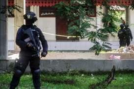 Densus 88 Tangkap Dua Terduga Teroris di Magetan