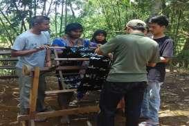 FIB Universitas Indonesia Bantu Hidupkan Kembali Tenun khas Tidore yang Telah Punah