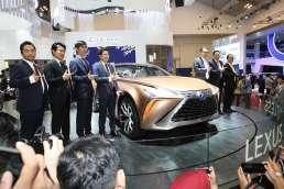 Lexus Hadirkan Visi Harmoni di GIIAS 2019