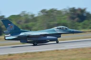 4 Pesawat F-16 Take Off dari Lanud Iswahyudi Bawa 16 Bom MK-82, Mau Menyerang Siapa?