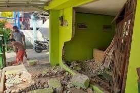 Salah Injak Pedal Gas, Mobil BRV Tabrak Rumah