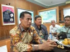 Menteri Amran Copot Pejabat yang Diduga Terlibat Kasus Suap Impor Bawang Putih