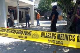 Densus 88 Antiteror Geledah Rumah Terduga Teroris di Banjarsari Solo