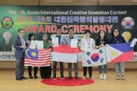 Sandal Biji Karet Antarkan Mahasiswa Unri Berprestasi di Korea
