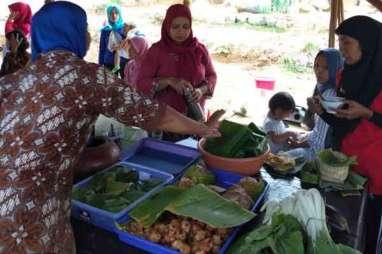 Wisata Kuliner Tanpa Sampah di Pasar Sempulur