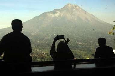Kolom Letusan Merapi, Minggu 17 November, Mencapai 1.000 Meter