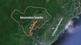 Jokowi Tinjau Ibukota Baru, Mobil Rombongan Menteri Nyaris Terperosok